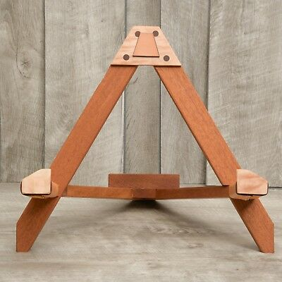 The Best Guitar Stand made from recycled guitars!! Acoustic and classical