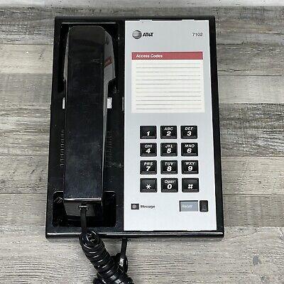 Att Avaya 7102 Analog Voice Terminal With Handset And Base Phone Office Desk