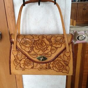 Hand Crafted Antique Saddle Purse