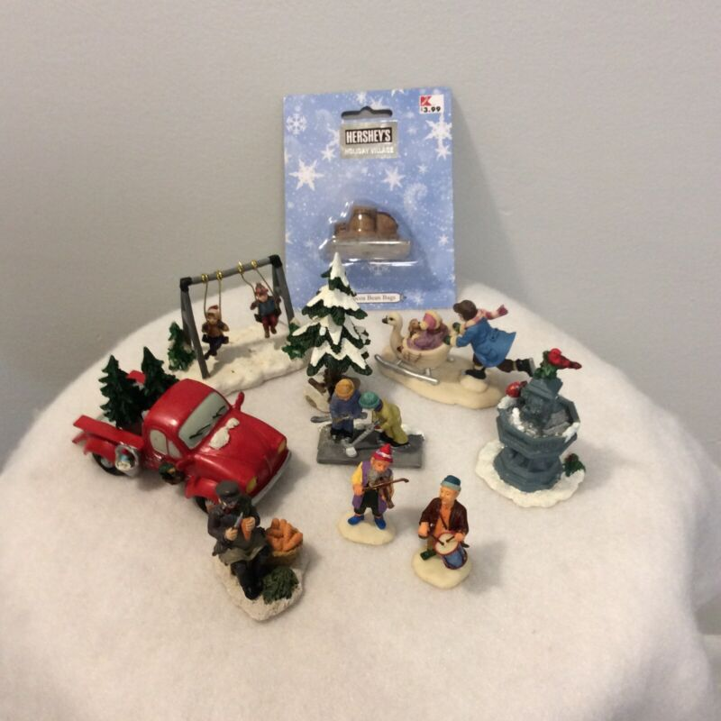 Christmas Village Vintage Resin Lot Figurines Accessories Miniture People