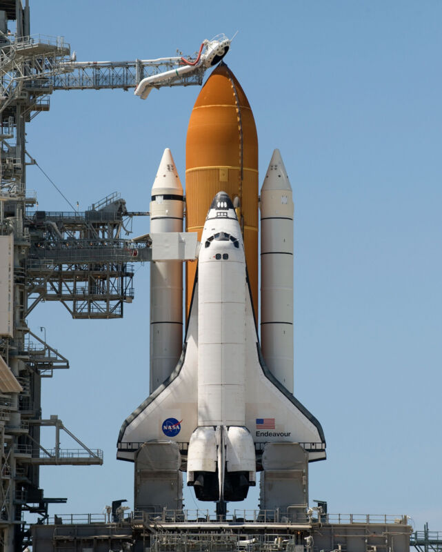 Space Shuttle Endeaver Launch NASA 8 x 10 Photo Picture #h1