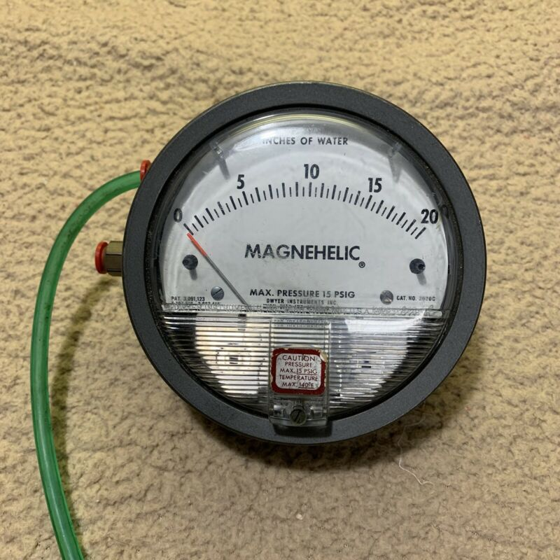 Dwyer Magnahelic Differential Pressure Guage Model 2020C