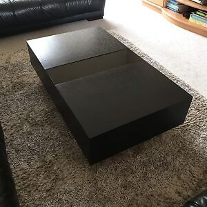 Modern Coffee Table in great condition Prestons Liverpool Area Preview