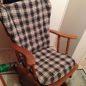 Glider chair / nursing Warwick Southern Downs Preview