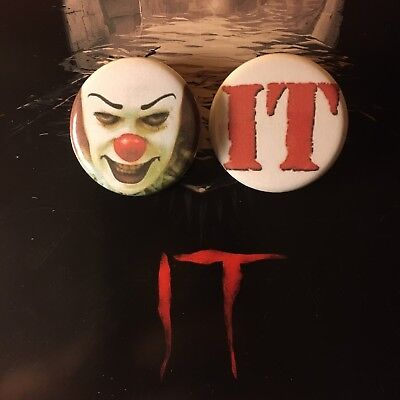 """Stephen King IT 25mm 1/"""" Badge Horror Tim Curry Pennywise The Clown"""