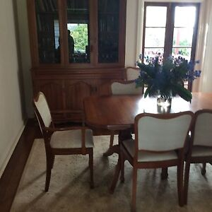 Blackwood dresser and extension table with 8 chairs Greenwich Lane Cove Area Preview