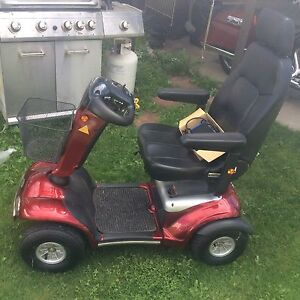 Electric scooter in excellent condition.