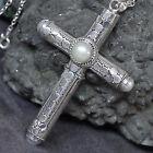 Amulette aus Silber mit Engel-Motiv