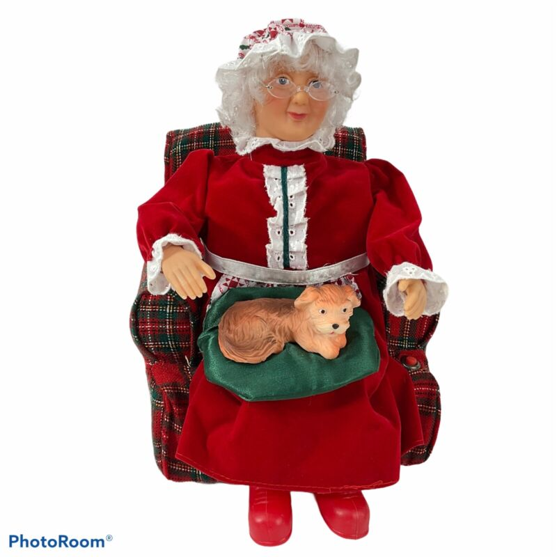 Gemmy Industries Christmas Animated Mrs Claus Petting Her Dog Vintage Tested