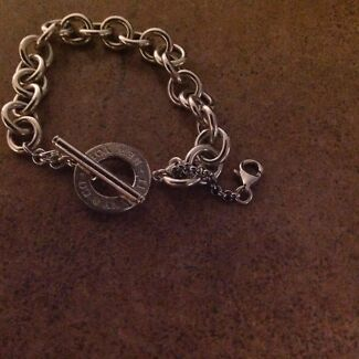 TIFFANY & CO Sterling Silver Bracelet-Brand New! *Great Xmas Present!*