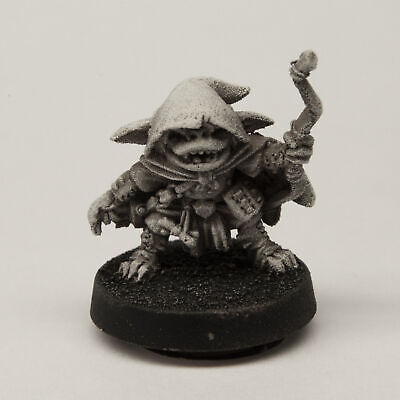 Stonehaven Male Goblin Archer Miniature Figure (for 28mm Scale Table Top War