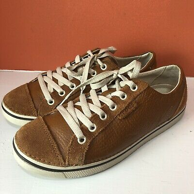 CROCS Brown Leather Women's Sneakers Size Listed As W9 Runs Small Fits 8 (Best Womens Walking Sneakers)