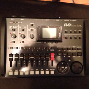 Zoom R8 recorder/interface/surface