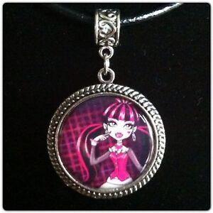 Monster High Ebay >> Monster High Necklace | eBay