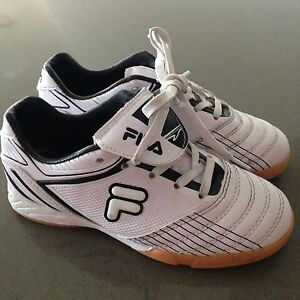 FILA kids size 13 soccer shoe- like new! West Wollongong Wollongong Area Preview