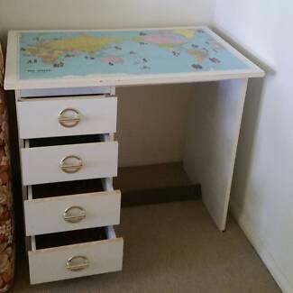 Student desk with world map desks gumtree australia logan area study desk student world map gumiabroncs Gallery
