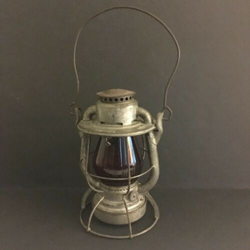 B & M Boston and Maine Railroad Signal Lantern Dietz Vesta Lamp Red Globe Vtg