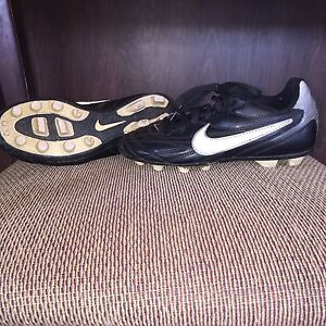 Nike youth cleats size 13