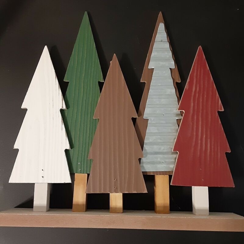 Wooden Christmas Tree Tabletop Decoration