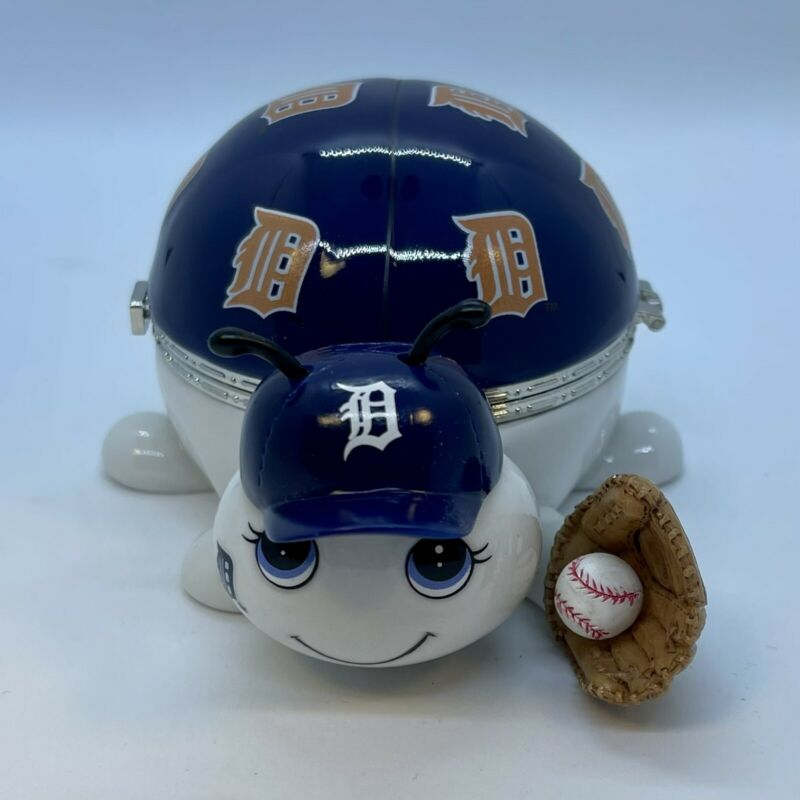 Detroit Tigers Love Bug Music Box The Bradford Exchange Limited
