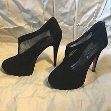 Mixed ladies heels Armidale 2350 Armidale City Preview