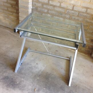 STUDY DESK, GLASS Z FRAME in great condition