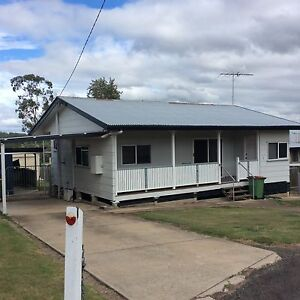 2 bedroom house for rent, big yard with shed/workshop Redbank Ipswich City Preview
