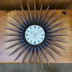 Mid Century Modern Wood Look Starburst Sunburst Wall Clock Syroco Vintage Clock