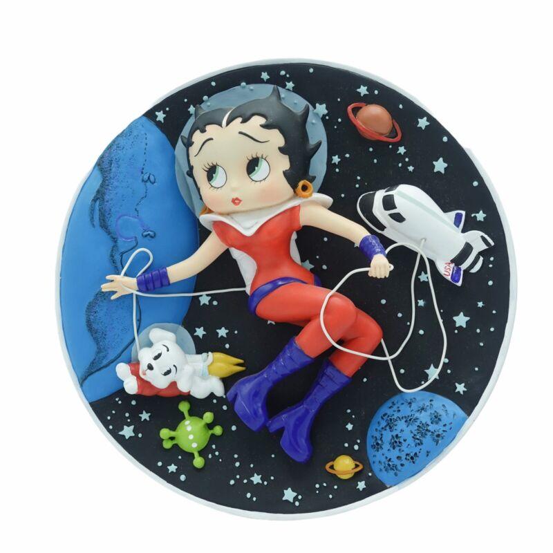 """Betty Boop """"Astronaut Betty"""" 3D Sculptural Collector Plate Danbury Mint 8.5 inch"""