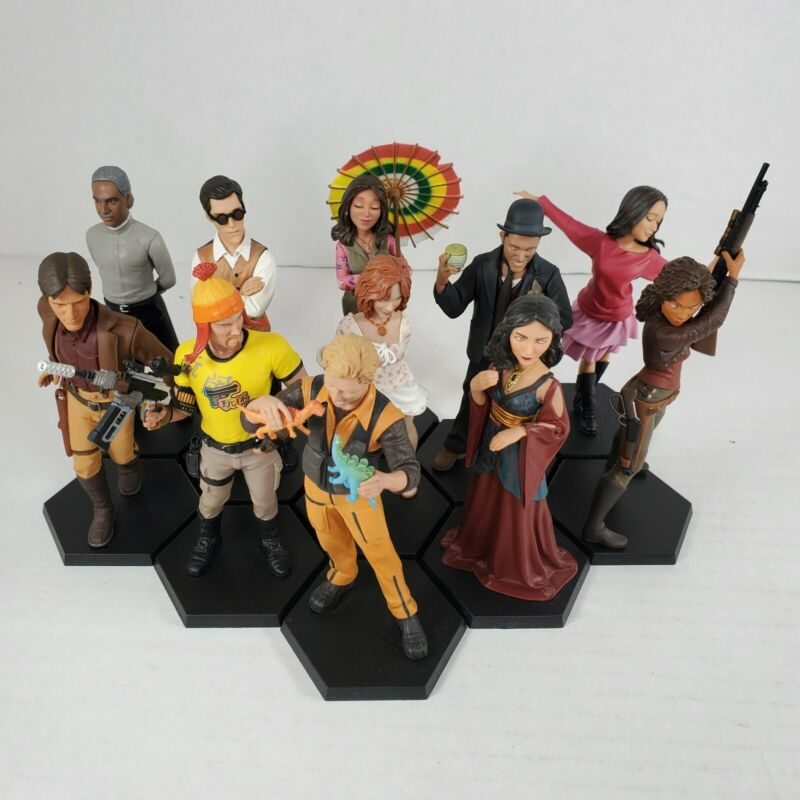 QMX Firefly Serenity Cargo Crate Loot Crate Mini Masters Figures Lot of 11