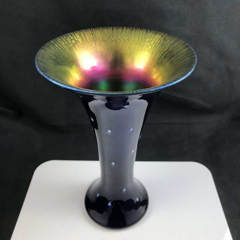 "🟩 Lundberg Studios Art Glass Iridescent No. 522SN STARRY NIGHT 10"" Flare Vase"