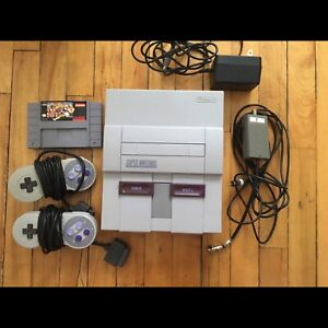 SNES Original (2 controllers + wires + Street Fighter 2 Turbo)