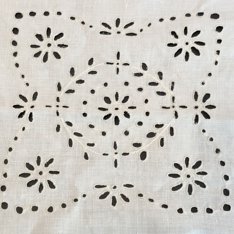 Antique Eyelet Squares For Crafts Quilt Pillows