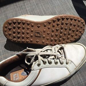 Size 7 Men's Leather Golf Shoes