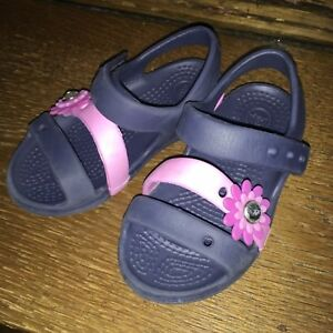 Crocs sandals for toddler girls (Size US 7)