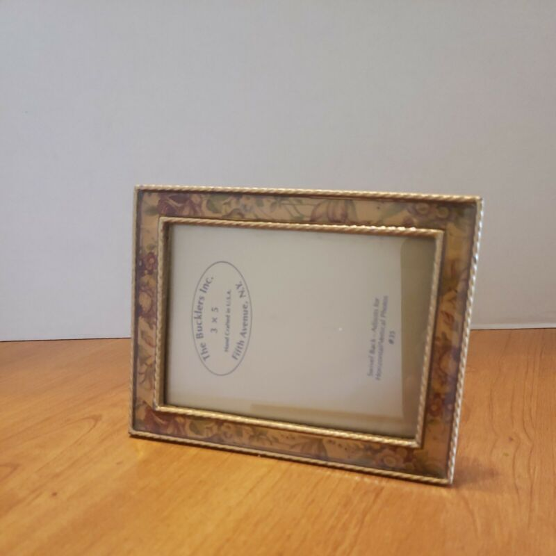 3×5 Frame The Bucklers Inc. Fifth Avenue NY Swivel Back-Horizonal Vertical #35