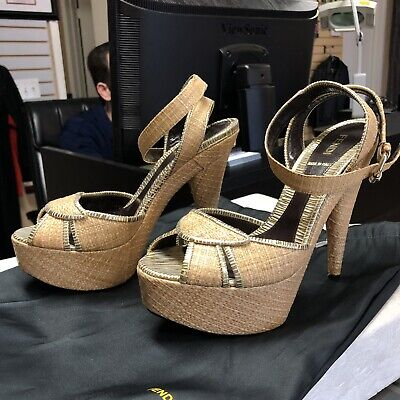 Fendi Rafia Straw Woven Platform Sandals Heels (Size 38.5)