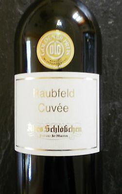 Raubfeld Cuvée feinherb vom Weingut Altes Schlößchen DLG Prämiert Weißwein Wein