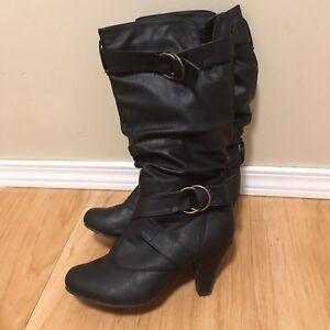 Ladies Leather Boots,