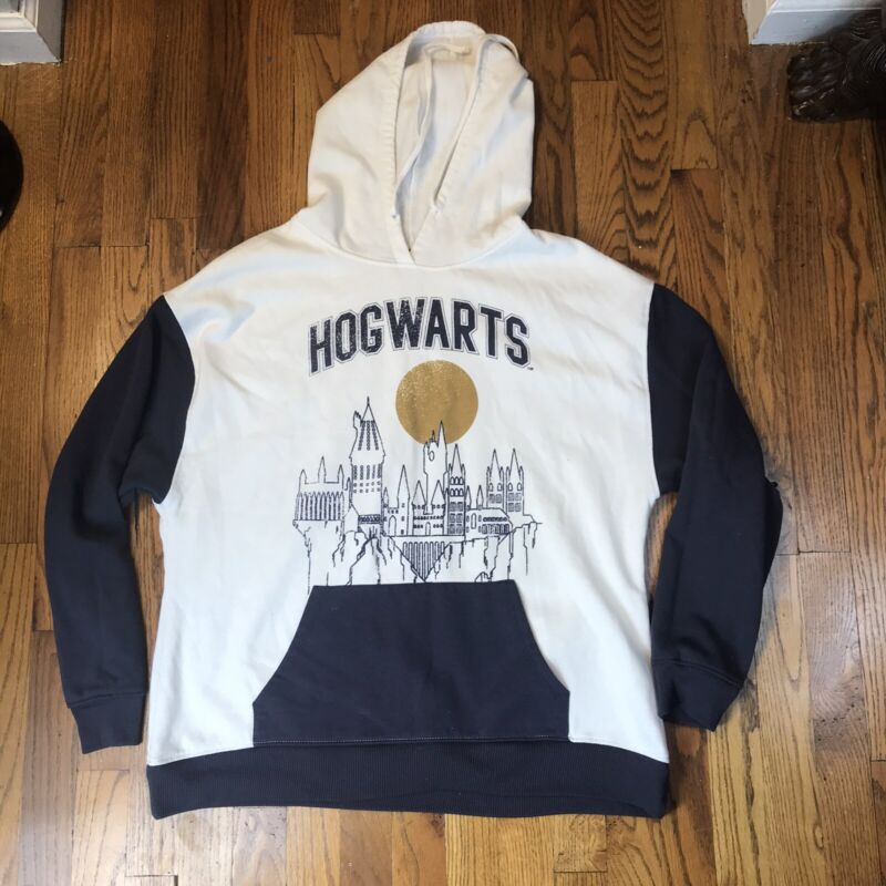 Harry Potter Hogwarts Castle White Sweatshirt Hoodie Medium LNC Color Block