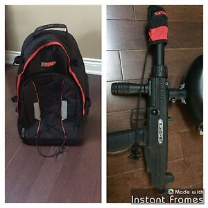 PAINTBALL  GUN AND FISHER BACKPACK
