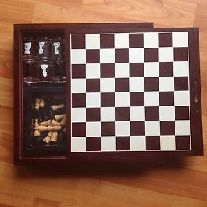 Chess wooden box drinking or play normal