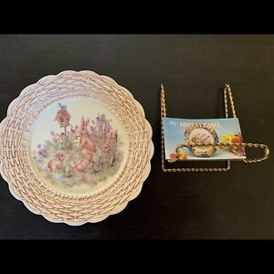 Decorative Bunny Plate with stand