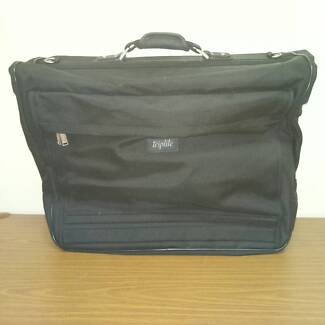 Triplite Executive Suit and clothes travel case