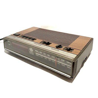 Vintage General Electric Model 7-4624 Alarm Clock Radio G.E. 74624 Tested   .A26