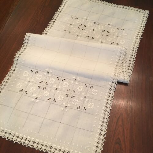 Antique Off White Linen Table Runner Scarf Embroidered Italian 41 x 16 EXC