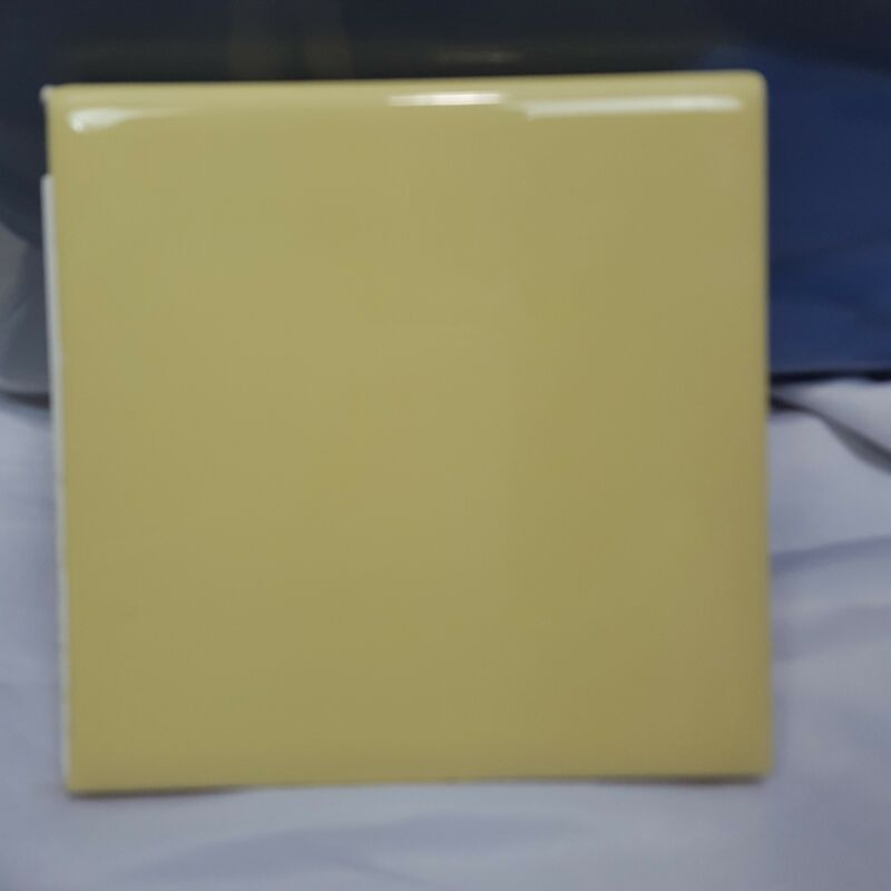 4.25 x 4.25 Vintage Bullnose Ceramic Tile Yellow One Piece Romany Spartan 1/4""