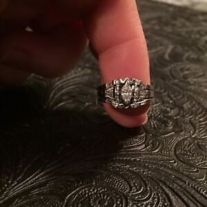 14kt white gold three ring wedding set