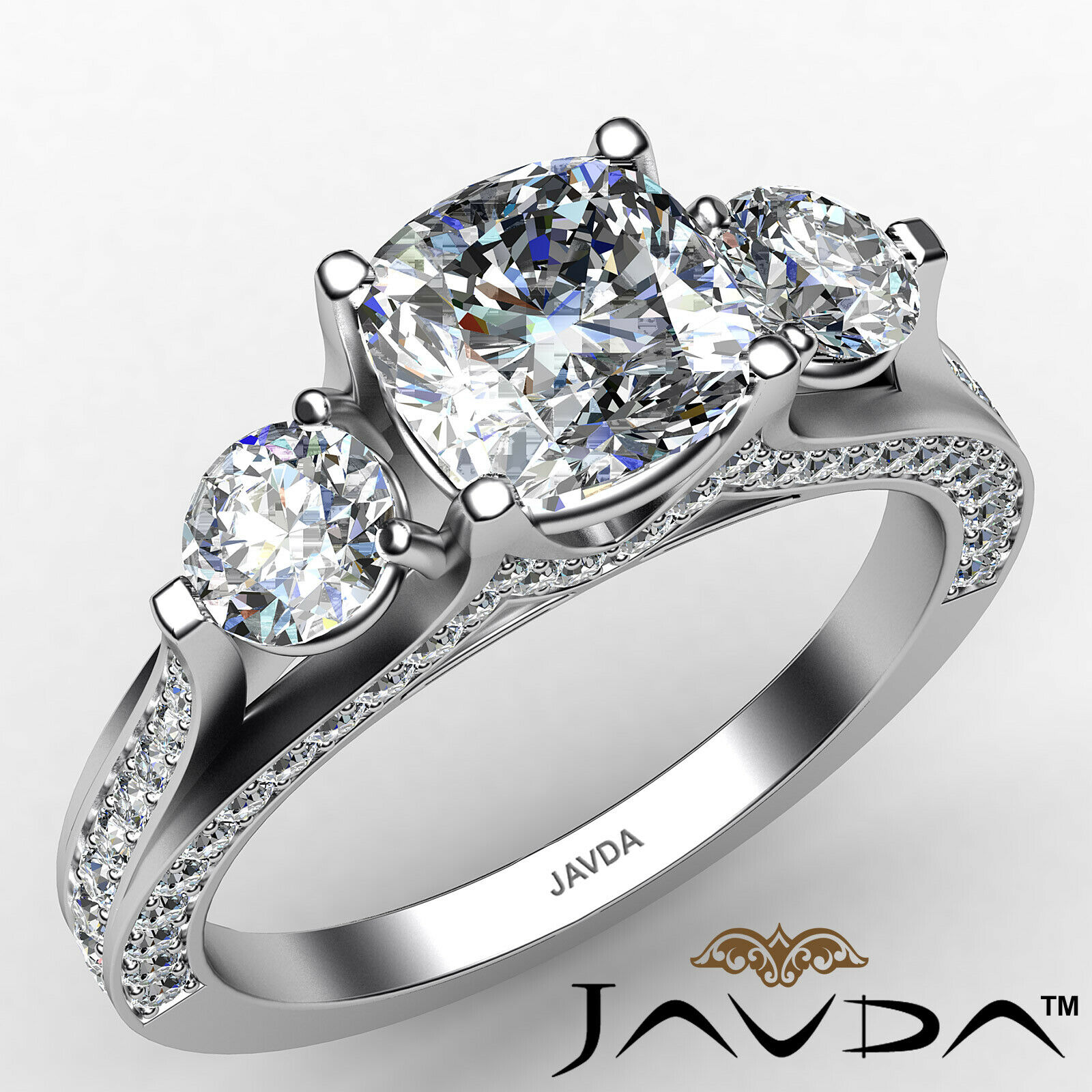 Cushion Diamond Engagement Ring Certified by GIA E Color & VVS1 clarity 2.1 ctw