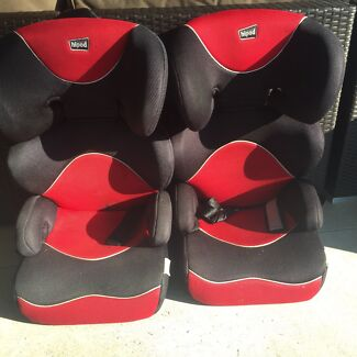 Booster seat  Sandstone Point Caboolture Area Preview